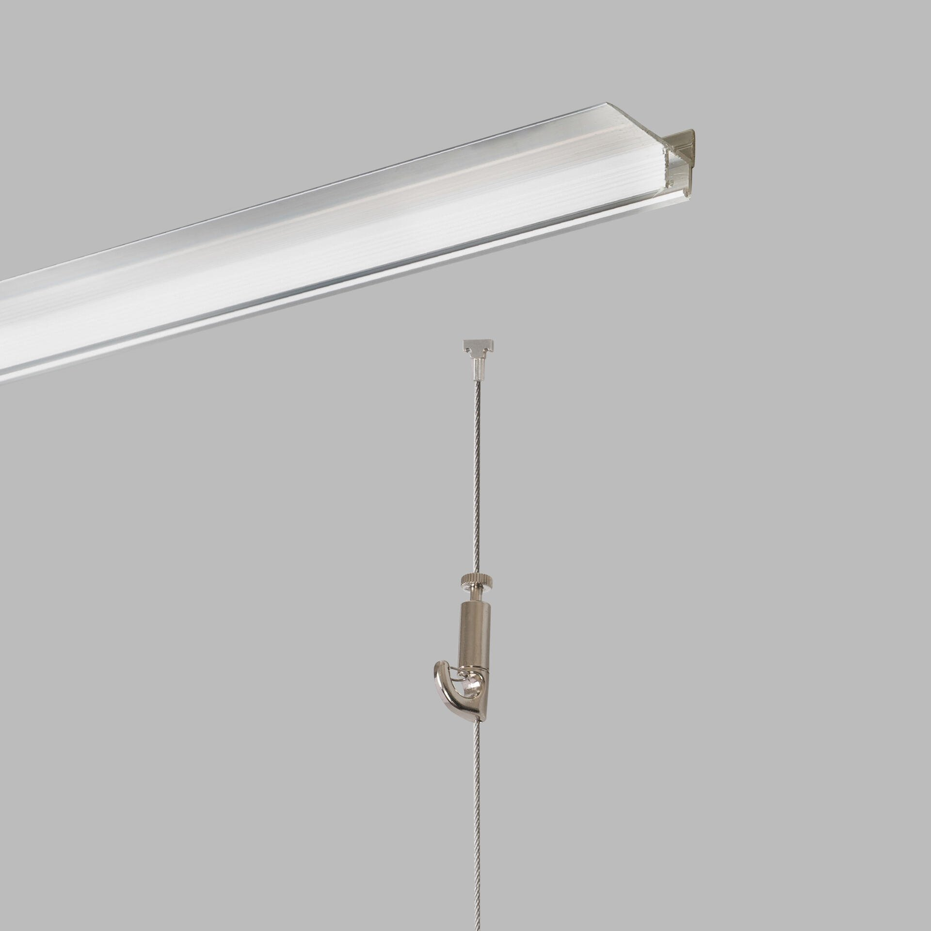 plaster rail - rendered ceiling mounted - picture fx hanging systems